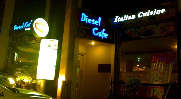Diesel Café, Kadri. Image source AroundMangalore.com