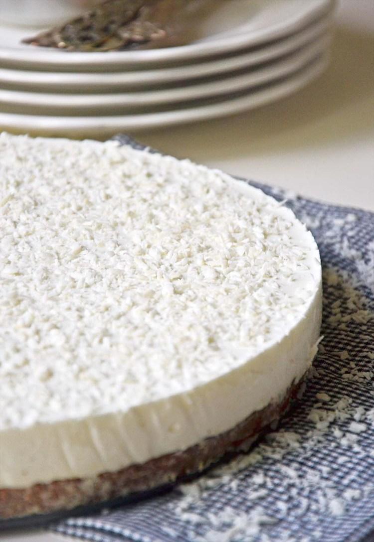 Healthy coconut cheesecake