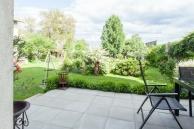 Ferienwohnung-Irene-Terrasse-Blick-Garten-900x600-2559