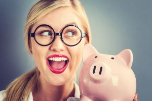 Sparmaßnahmen beim Gehalt. Bild: melpomene/fotolia