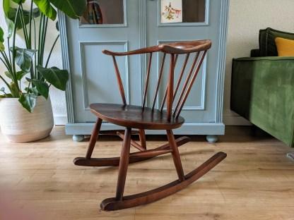 ercol schommelstoel