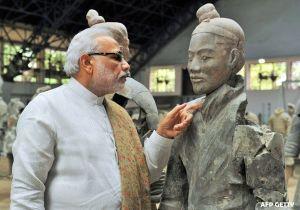 Modi & Statue