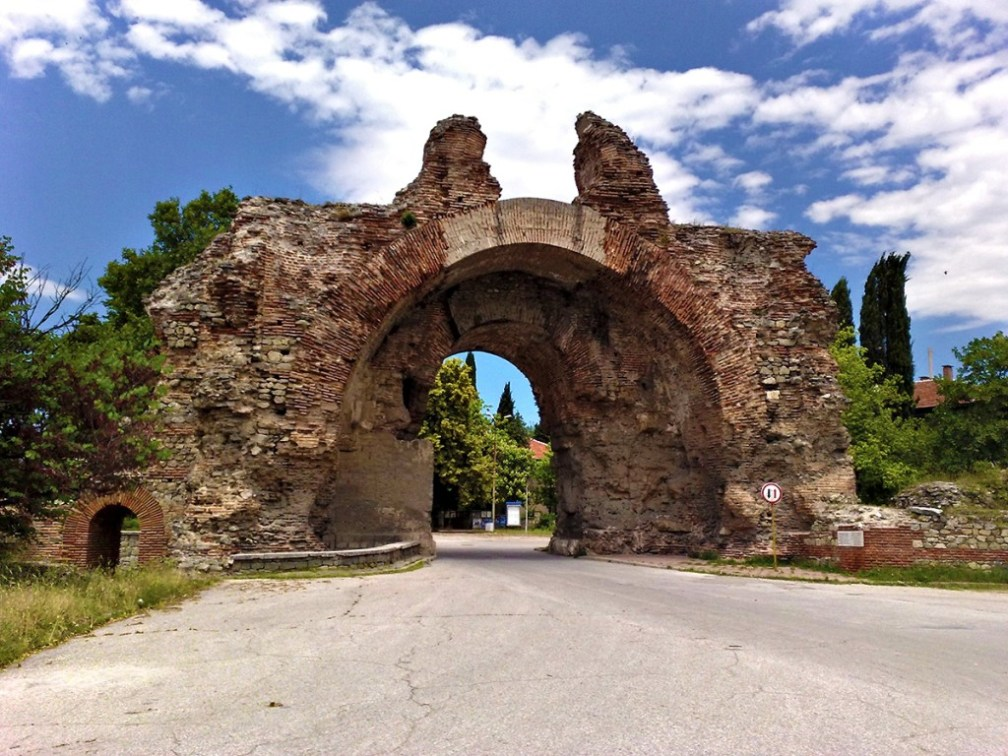 Gate of the camels: Diocletianopolis, Hisarya
