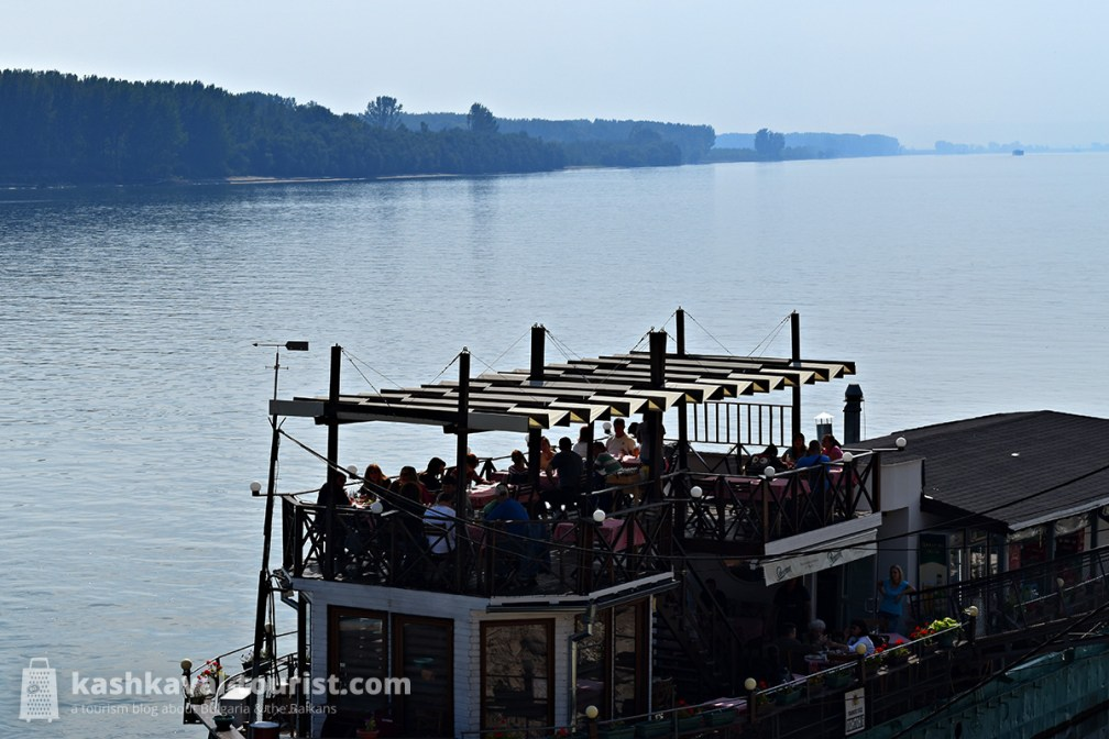Enjoy a stroll along the Danube Park and dine on the river