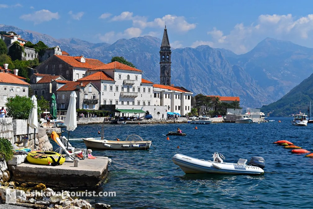 A tale of two islands: Perast