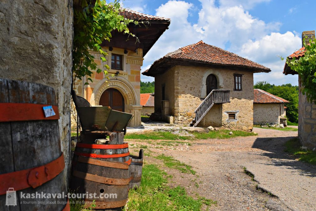 Stone villages of wine: Rajac & Rogljevo wine cellars