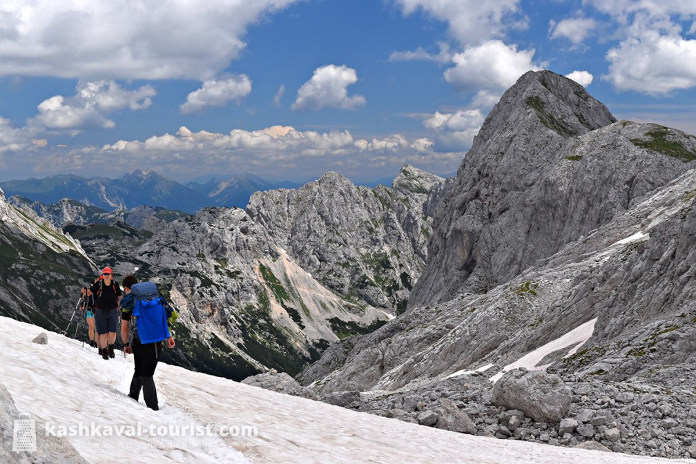 Alpine wonderland: go hiking in Triglav National Park