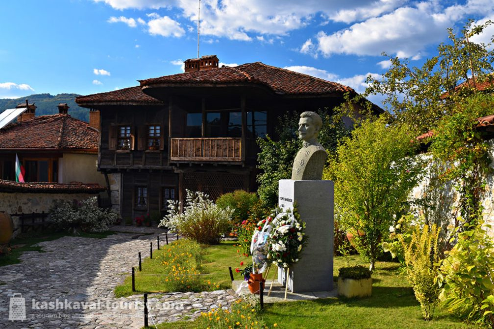 This all-wooden house will introduce you to the curious figure of Georgi Benkovski