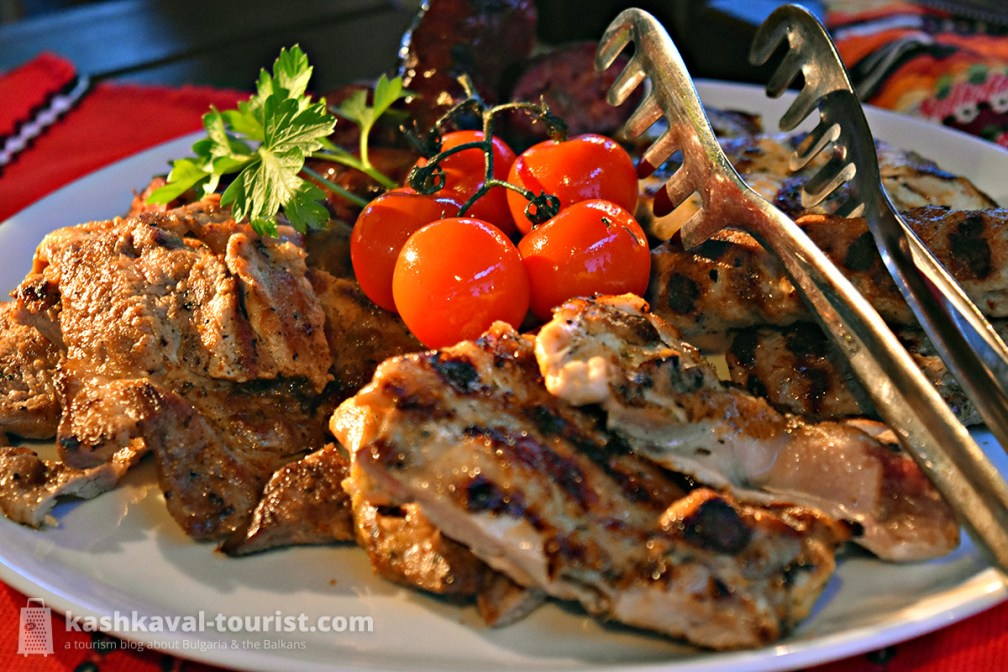 The heavenly Bulgarian grill and appetizing salads served in the outdoor Barbecue Garden come highly recommended!