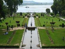 Mughal-Garden-Nishat-Garden-Srinagar