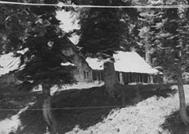 5-Gulmarg-house-view,-1979-or-1980