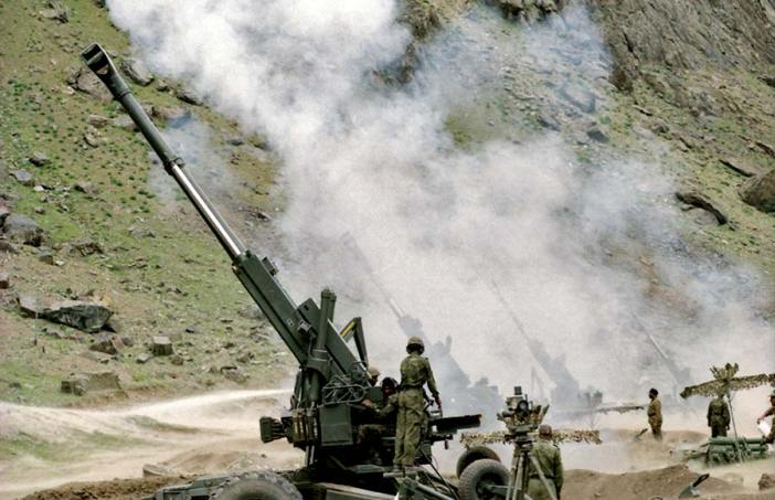Kargil-War--bofors-gun