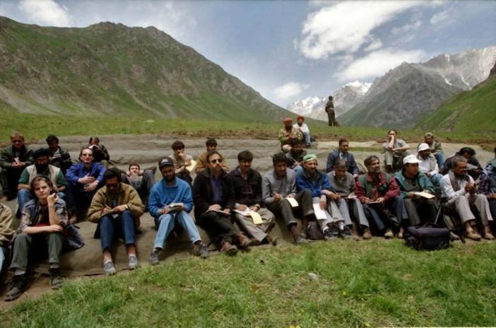 Reporters getting war briefing in Kargil.