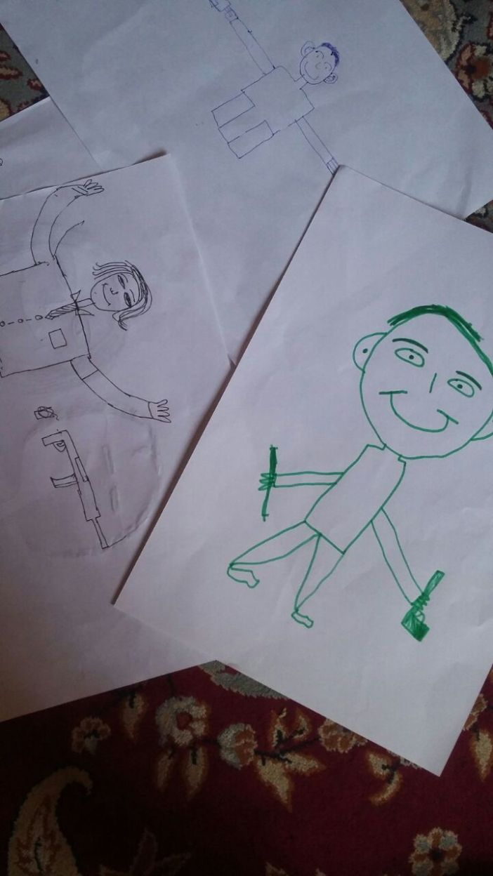 Kids draw dying persons.