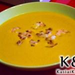 Zupa z dyni z mlekiem kokosowym i krewetkami