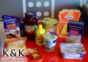 produkty na deser z wiśniami i gruszkami