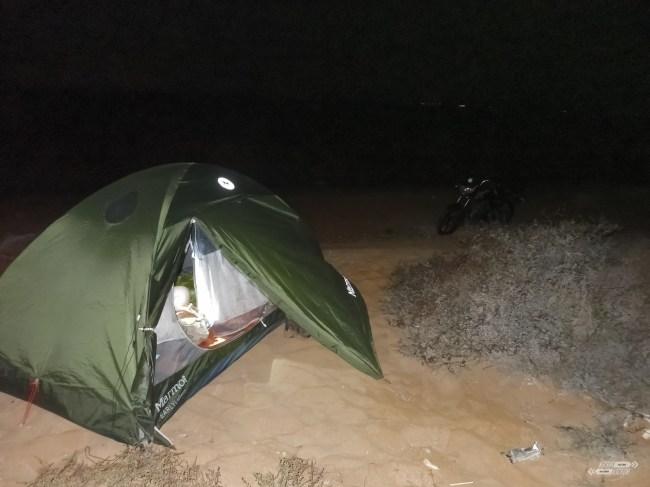 Noche tranquila en la playa
