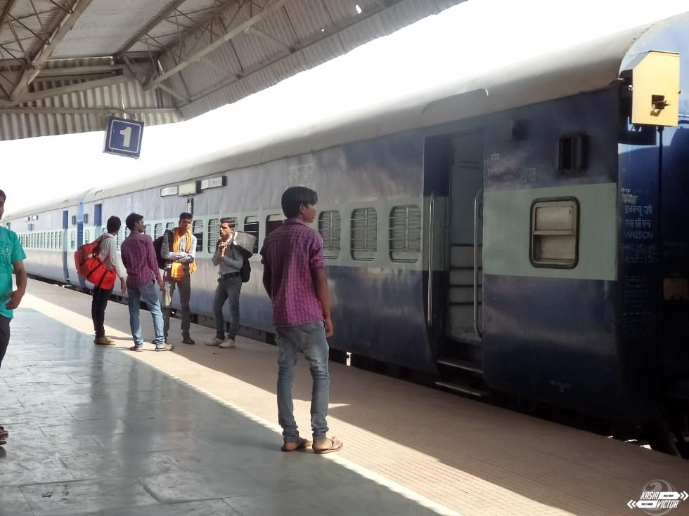 Pociągi W Indiach – Klasy, Miejsca, Pule, Zakup Online – Praktyczny Poradnik