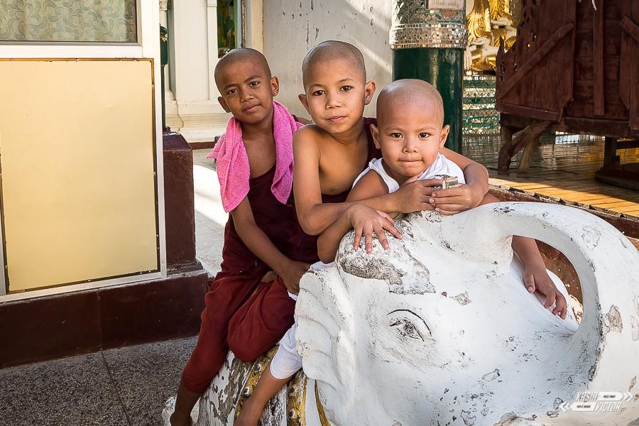 Birma, Kraj Pogodnych Ludzi