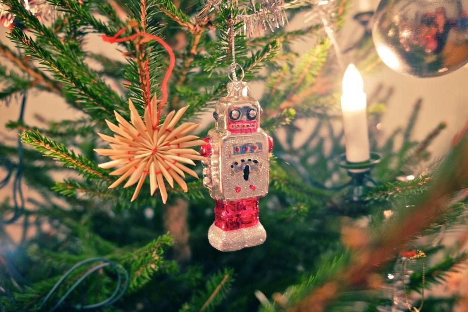 Käsityökoulu Robotti toivottaa kaikille hyvää joulua!