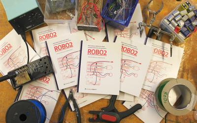 ROBO2 – Elektroniikkaa ja ohjelmointia -opas