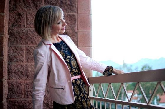 business casual blush millenial pink blazer tucson arizona desert daily outfit blog ootd whatiwore2day