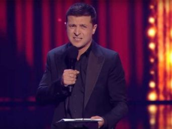 "Владимир Зеленский в шоу ""95 квартал"" (снимок экрана)."