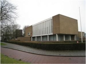 Bedaux's visie op een studentenhuis met mensa, gelegen aan de Cobbenhagenlaan in Tilburg. Welke geluksvogels zouden daar wonen?