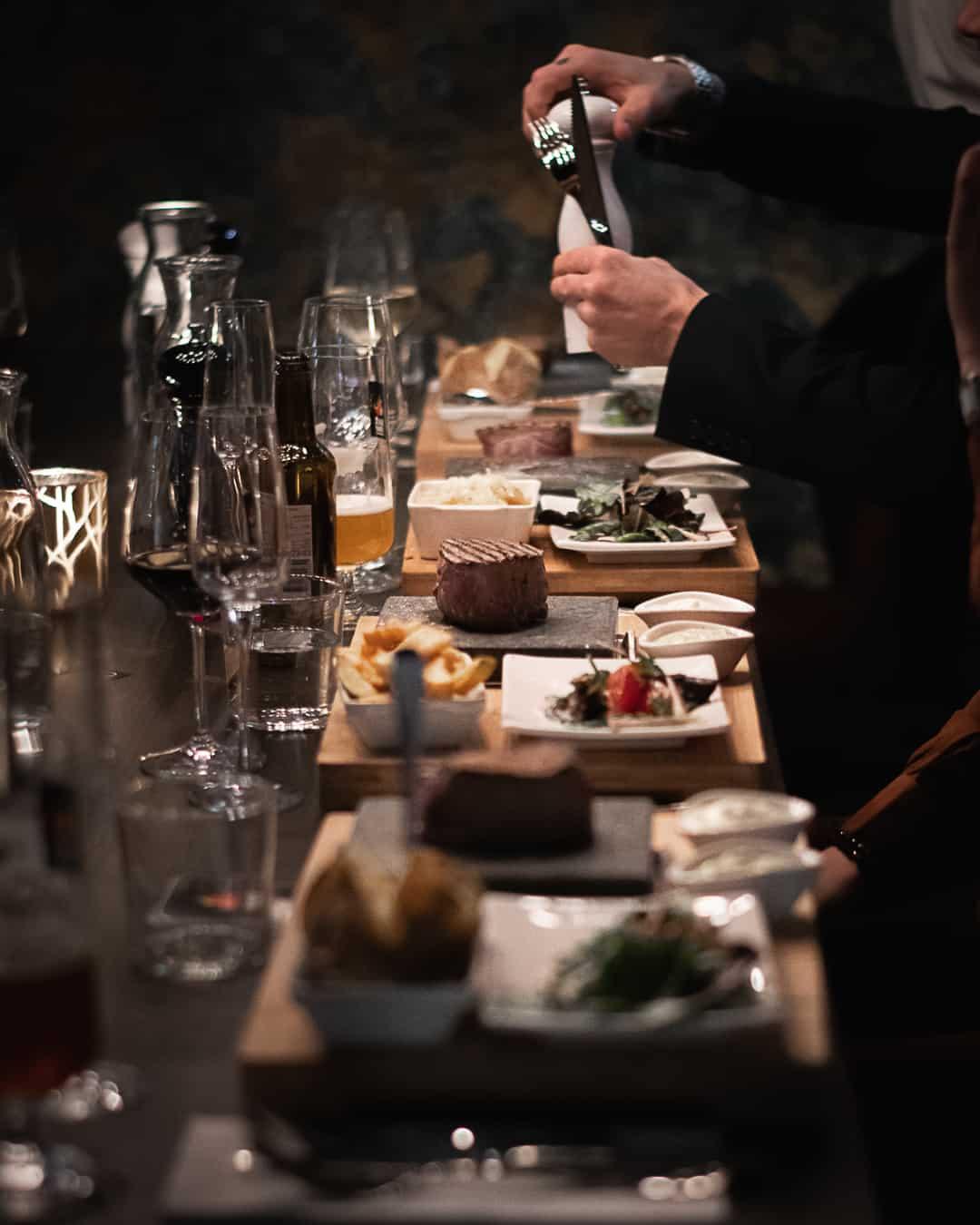 Blackstone Steakhouse mat på lavasten