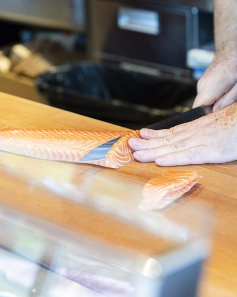 Fisk som fileas