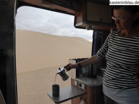 Kaffeepause zwischen den Dünen