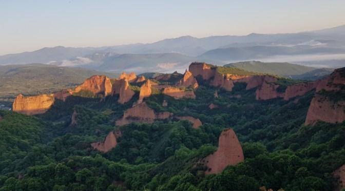 Unsere Tour durch Nordspanien: Leon, Astorga, Las Medulas & Lluarca