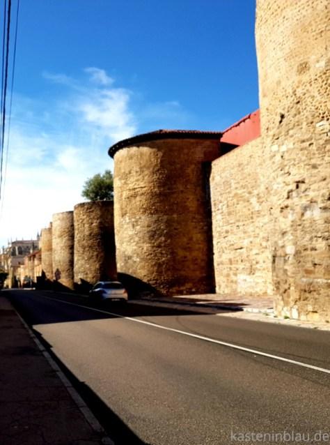 Stadtmauer von Leon / Nordspanien