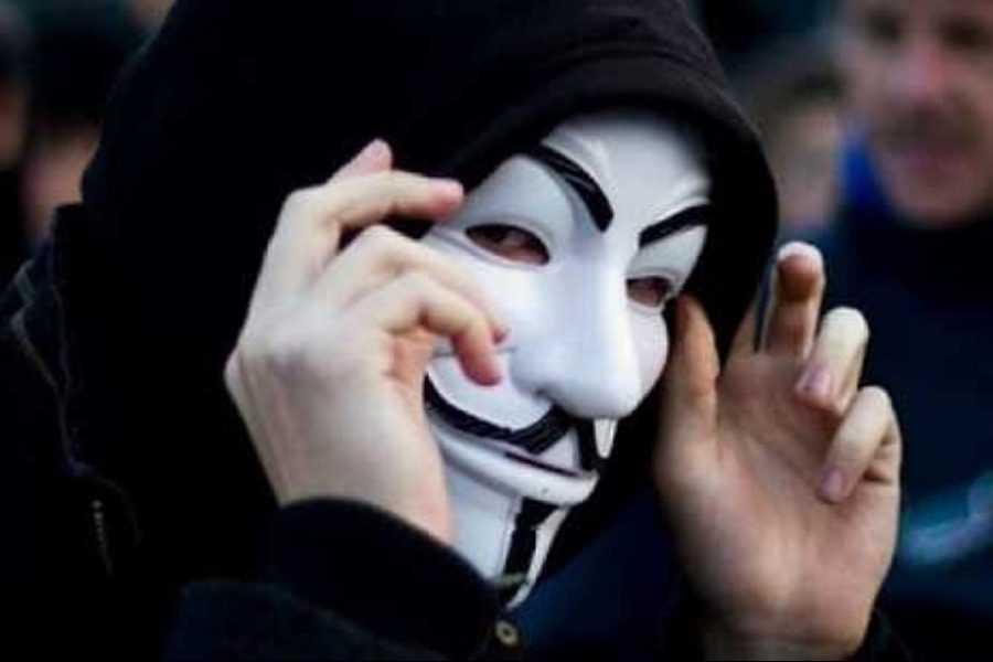Anonymous-Greece.jpg?fit=900%2C600&ssl=1