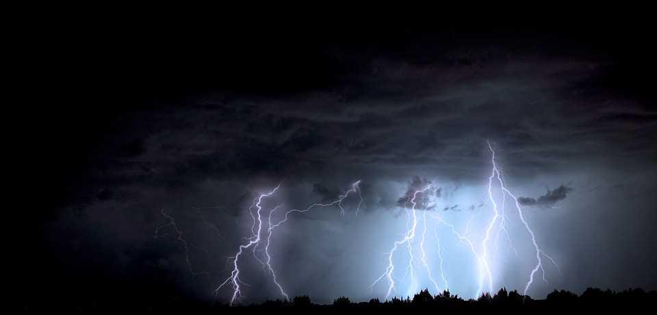 lightning-1158027_960_720.jpg?fit=960%2C460&ssl=1
