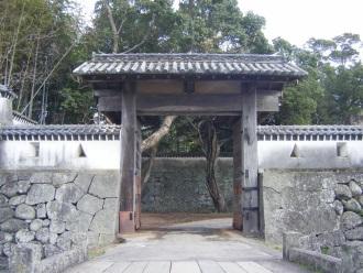 県指定史跡「石田城」(福江城)城門保存修理工事