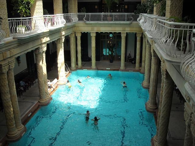 columns pillars spa pool bath budapest gellert