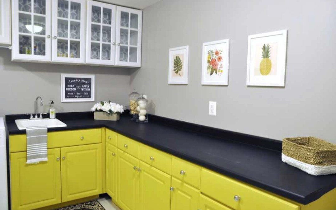 How to Paint Laminate Cabinets with Chalk Paint