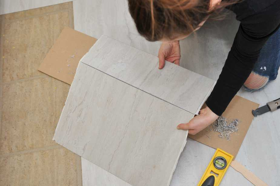 3 Things You Need to Know Before Using Peel-and-Stick Floor Tile ...
