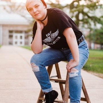senior pictures, senior photos, central pa photographer, golden hour, golden light, central pa senior photography