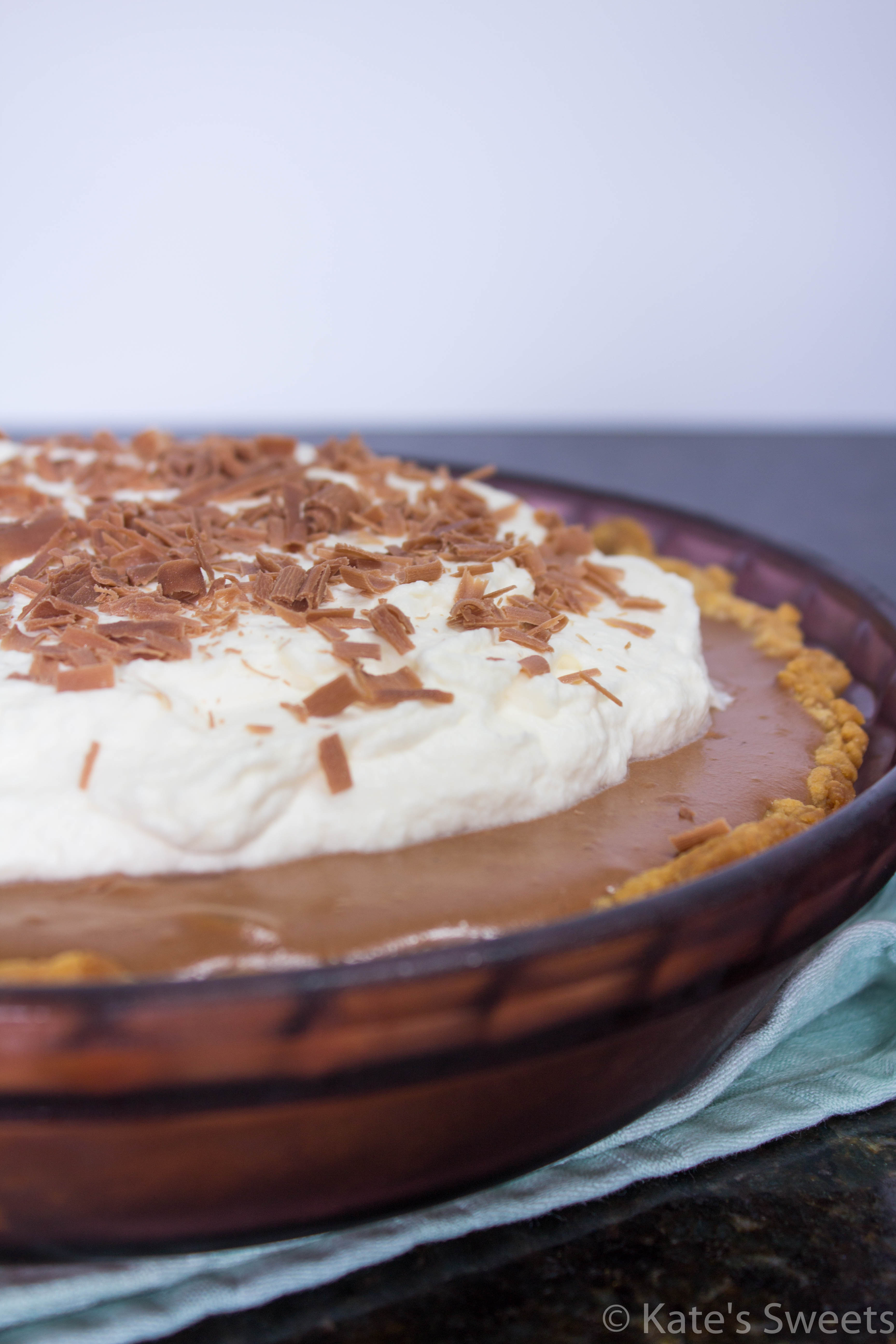 Chocolate Pudding Pie - Kate's Sweets