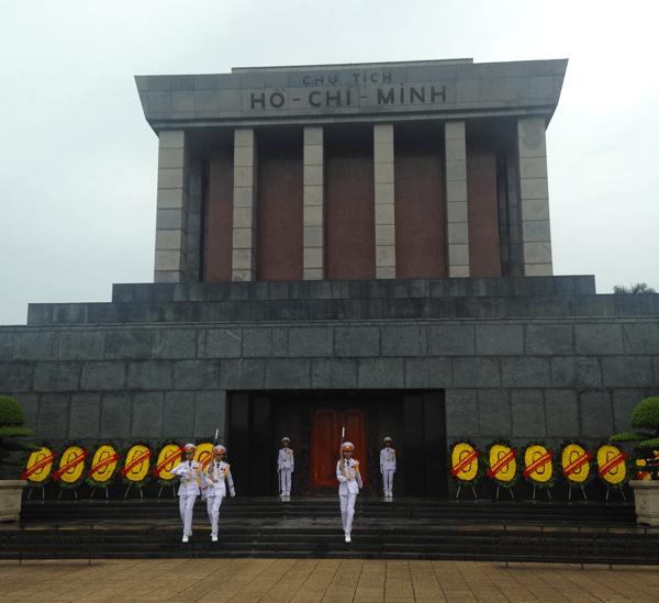 ho-chi-minh-mausoleum-hanoi