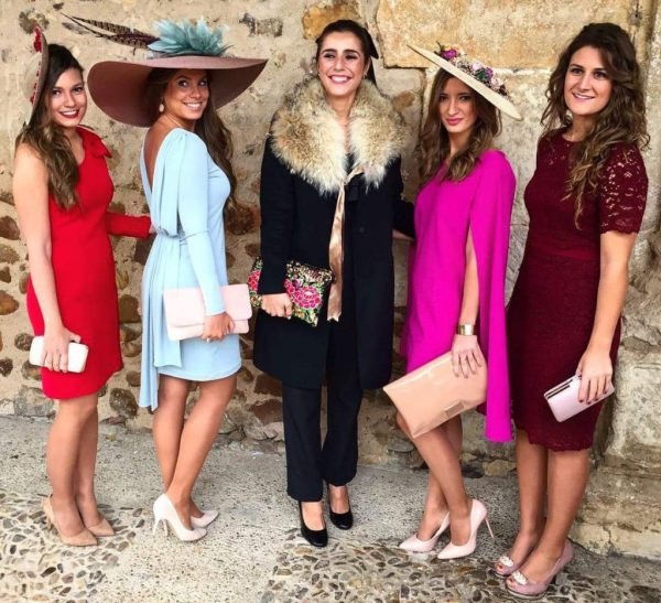 what to wear to wedding in spain