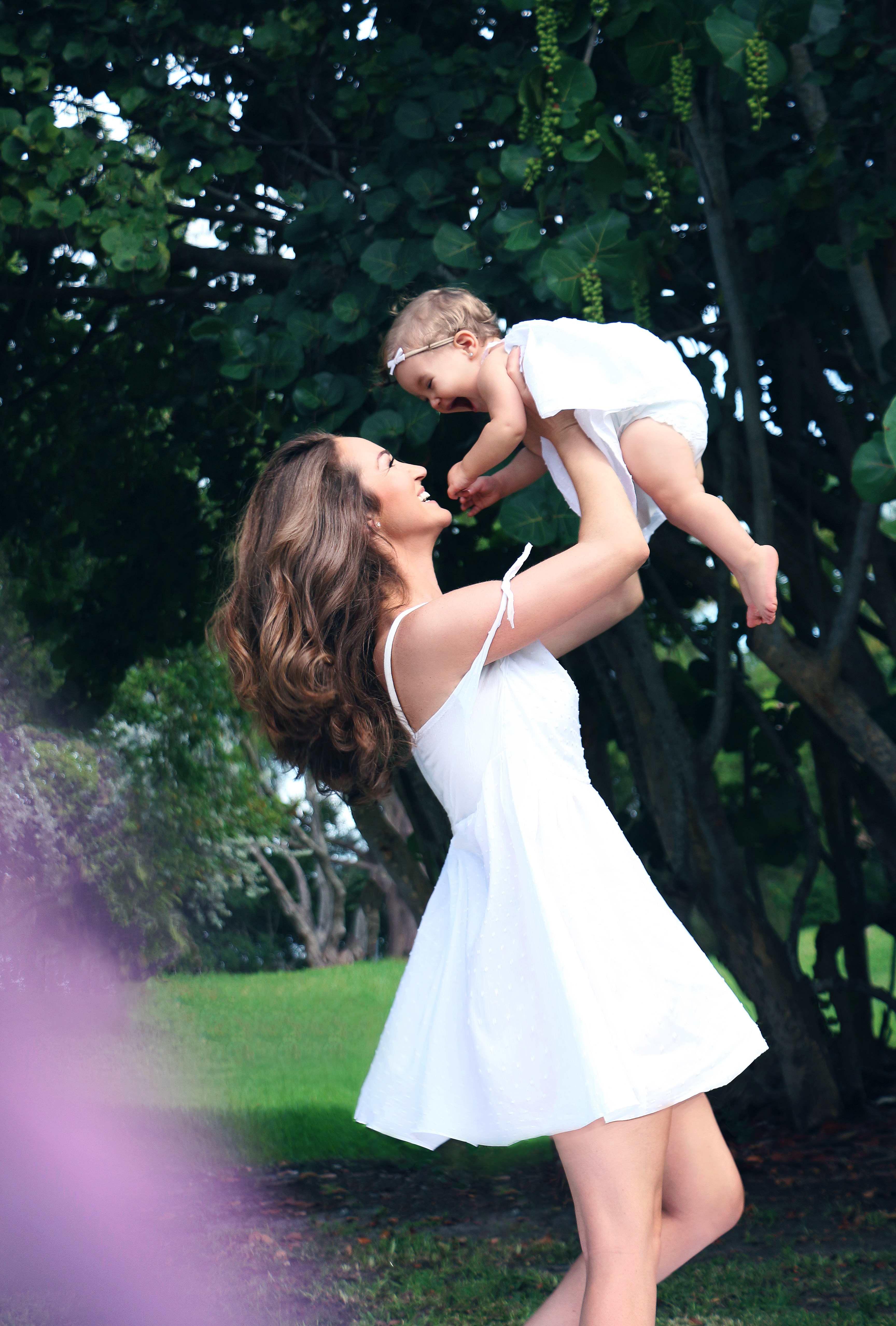 – 9 a mom and me photographer family portrait katherine eastman photography miami south florida birthday fairytale chagrin falls tea party