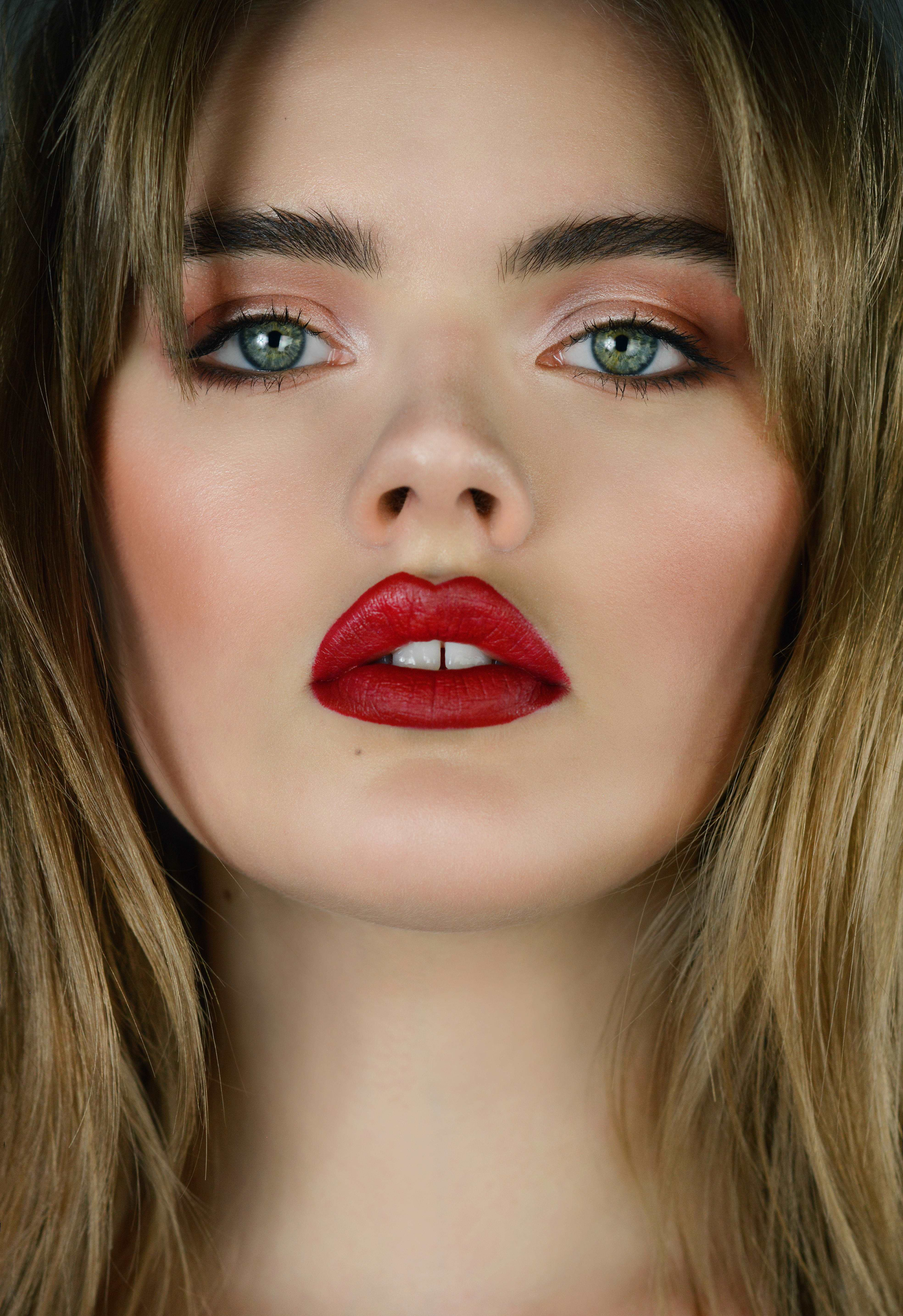 – 1 c Olivia Bey- Katherine Eastman Mairelys make up artist beauty portrait photography Miami south florida beauty classic red lipstick