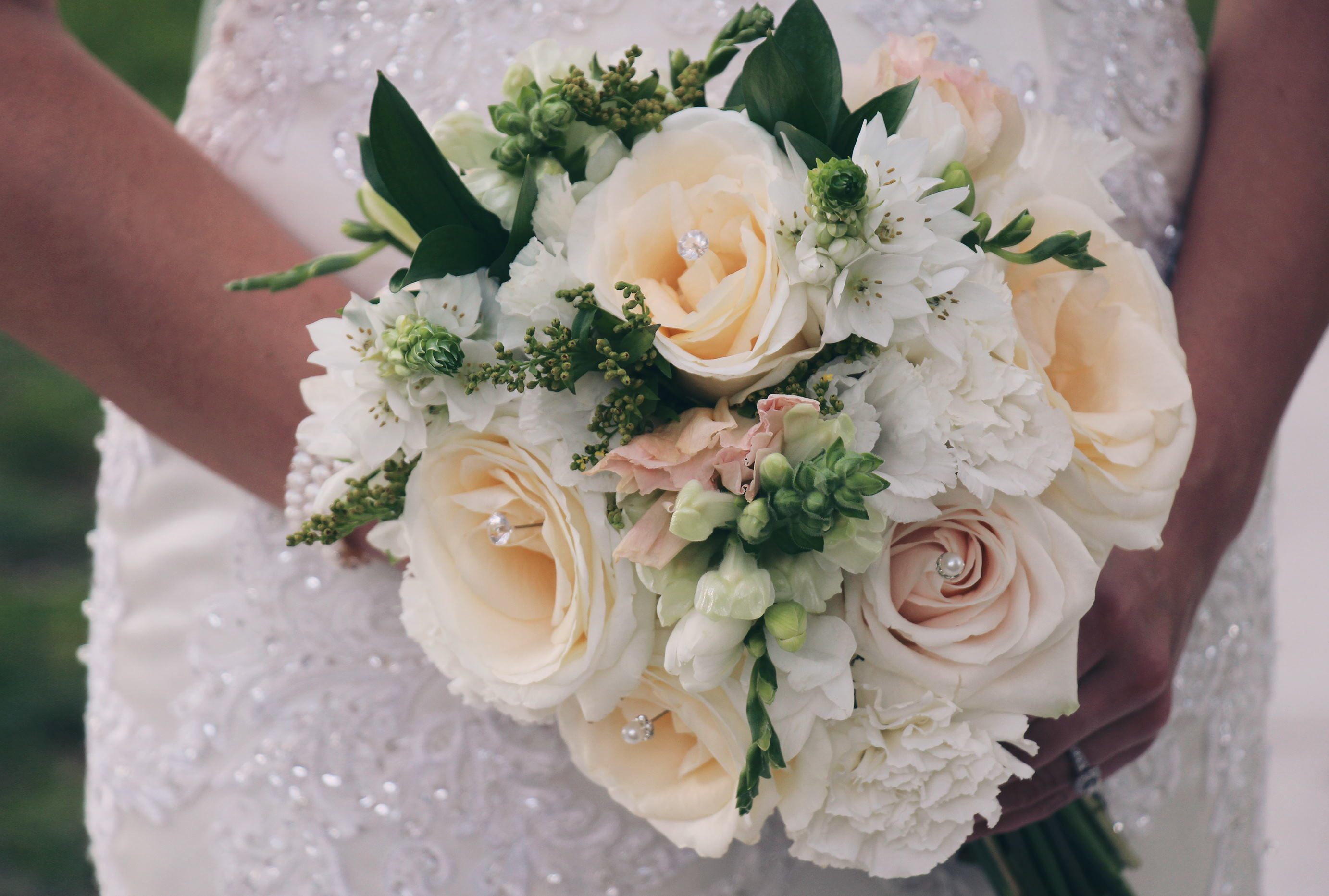 23 – Katherine Eastman Photography – south florida – wedding -ceremony -snapdragon bouquet roses