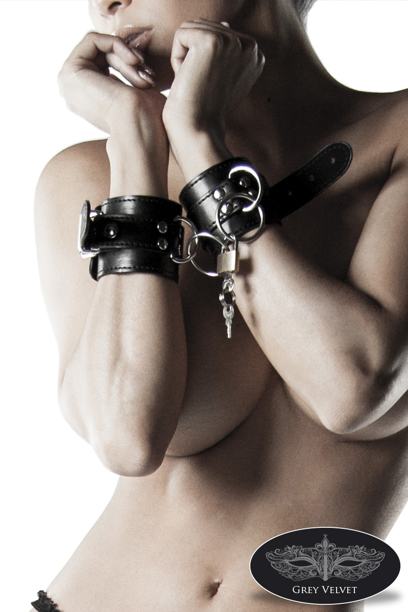 13905 Leder-Handschellen von Grey Velvet