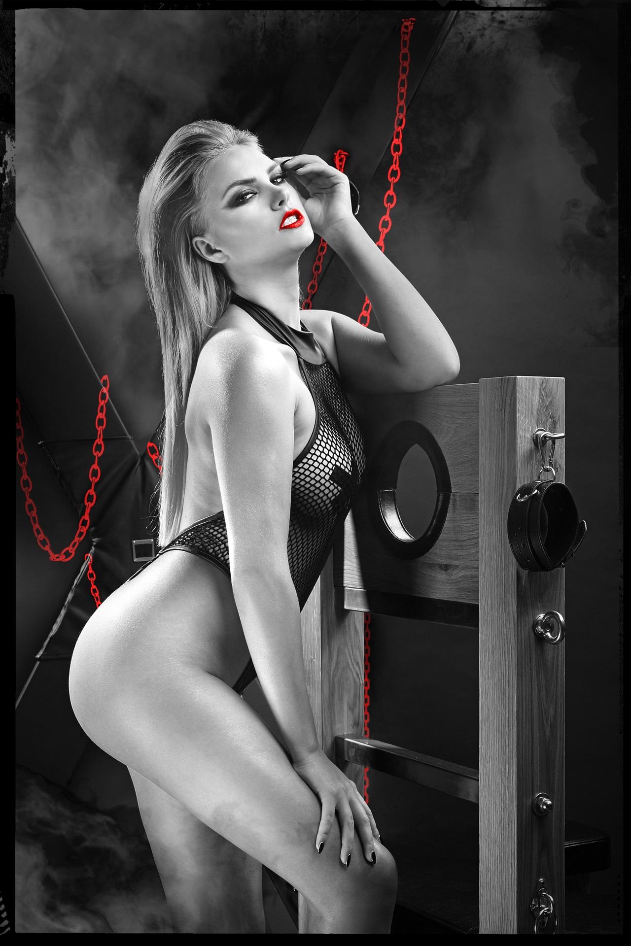 DDHarmonia001 Schwarzer Body von Demoniq Dark Desire Collection