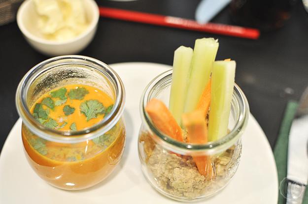 Veganer Brunch im Milton Hummus Tomatensuppe