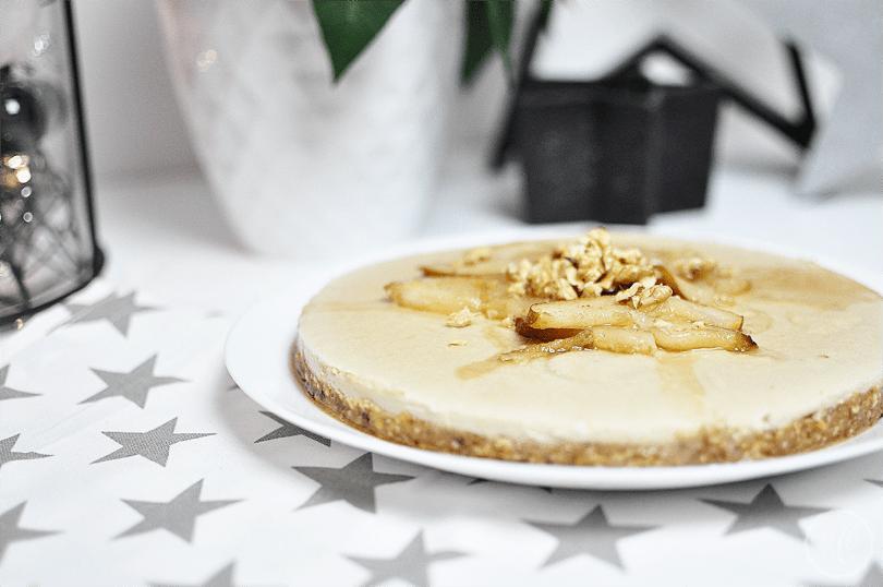 #healthyxmasfood Cashew-Cheesecake mit Birnen-Zimt-Kompott